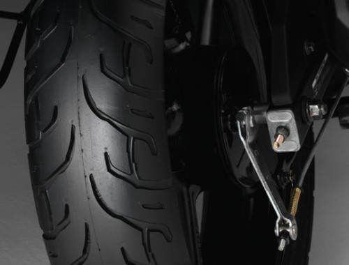 Yamaha fz 16 preview the new lord of the streets for Yamaha fz back tyre price