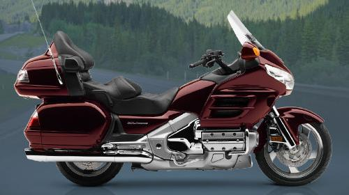 honda-goldwing-red