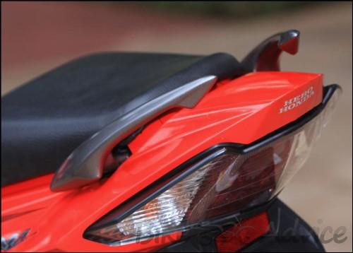 karizma-zmr-pgm-fi-red-photos-india-1