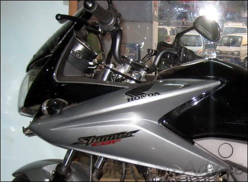 Honda Stunner PGM-Fi (4)