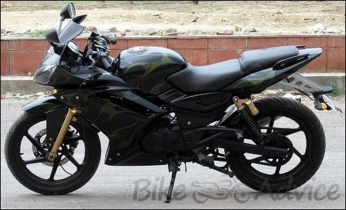 Pulsar 200cc Modified to Yamaha R1… Almost!