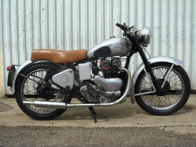 Royal Enfield Classic 500cc Review Price Photos Specifications