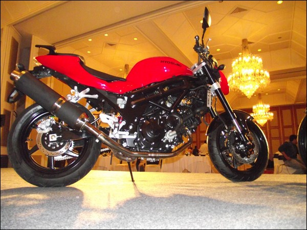 how to turn up idle on hyosung gt650r