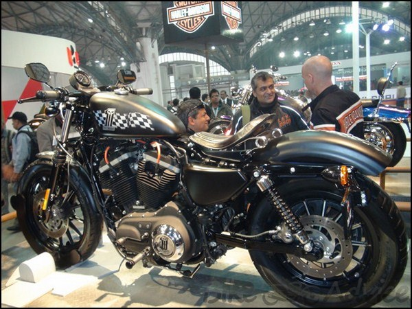 Harley Davidson Showcases Customized Bikes At The Auto