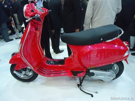 Vespa Scooter side
