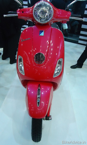 Vespa Scooter 2012 Review