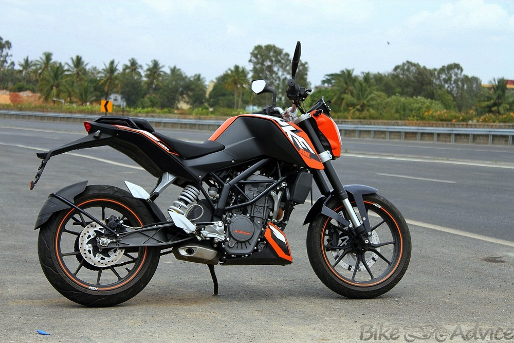 spied: is ktm testing the new 2014 duke 200 abs for india?