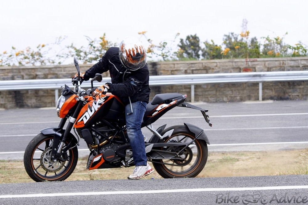Duke-200-cc-India.jpg