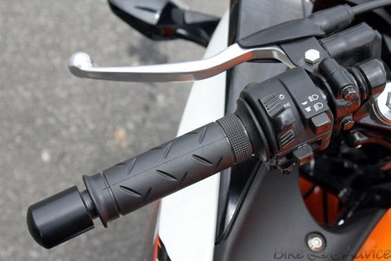 Honda CBR150R handle3