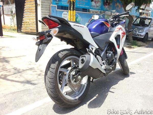 Honda CBR250R rear-pic