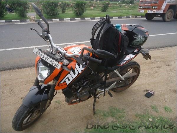 KTM Duke 200 (1)