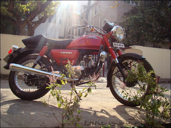 Hero Honda CD100 Ownership Review by Abhilash Bharadwaj bikeadvice in (11)