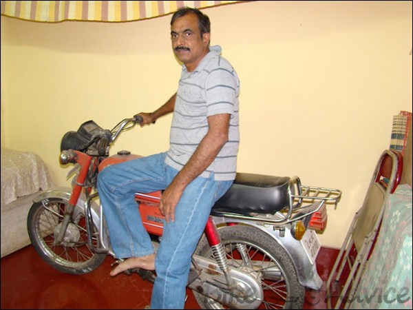 Hero Honda CD100 Ownership Review by Abhilash Bharadwaj bikeadvice in (2)