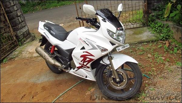 Hero Honda Karizma ZMR Ownership Review by Vishnu Rajan bikeadvice in (3)