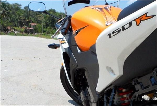 Honda CBR 150R Ownership Review by Vishal bikeadvice in (18)