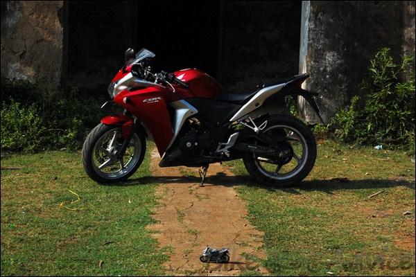 Honda CBR 250R Ownership Review by Shiva bikeadvice in (6)