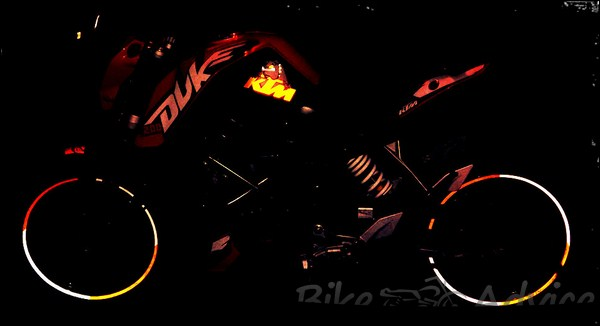 KTM Duke 200 Ownership Review by Aditya bikeadvice in (2)