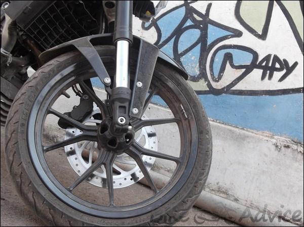 KTM Duke Ownership Review by Pranavh Devidasan bikeadvice in (6)