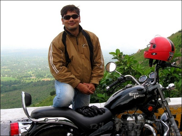 Royal Enfield ThunderBird Twinspark 350cc Ownership Review by Sai Viswanath bikeadvice in (1)