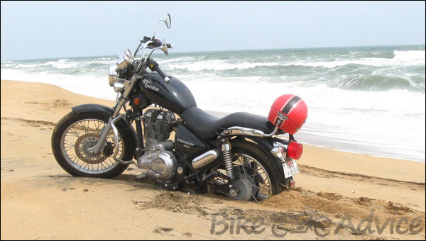 Royal Enfield ThunderBird Twinspark 350cc Ownership Review by Sai Viswanath bikeadvice in (5)