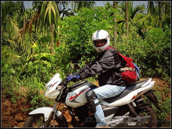 Suzuki GS150 R Ownership Review by Krish Kamath bikeadvice in (2)