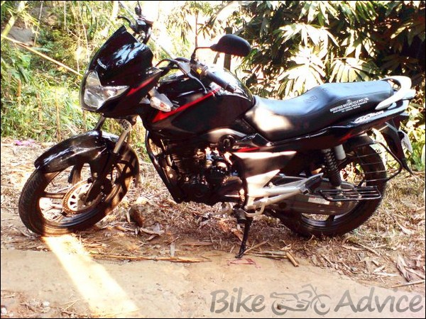 Suzuki GS150R Ownership Review by Farooq bikeadvice in (3)