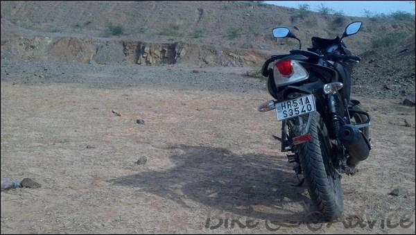 TVS Apache RTR 160 Hyper Edge Ownership Review by Karan Bansatta bikeadvice in (17)