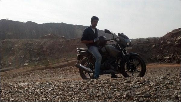 TVS Apache RTR 160 Hyper Edge Ownership Review by Karan Bansatta bikeadvice in (2)