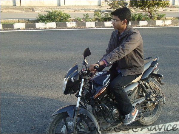 TVS Apache RTR160 Hyperedge Ownership Review by Vaibhav Chauhan bikeadvice in (2)