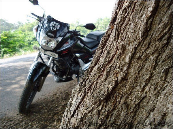 Hero Honda CBZ Xtreme Ownership Review by Gowtham bikeadvice in (2)