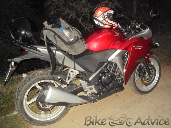 Honda CBR 250R Ownership review by Adarsh Jose bikeadvice in (15)