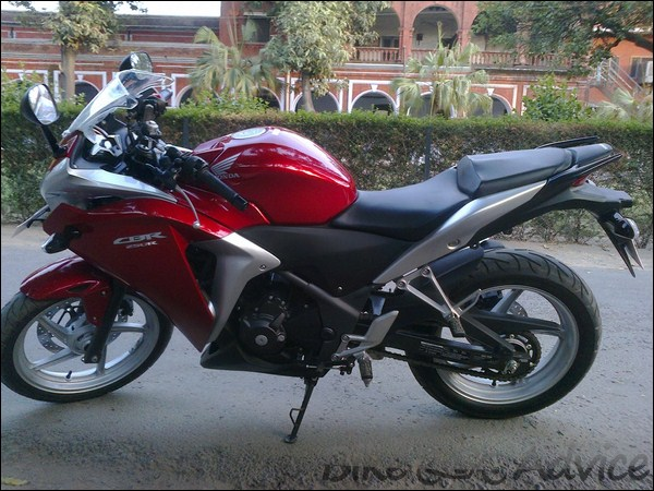 Honda CBR 250R Ownership review by Adarsh Jose bikeadvice in (18)