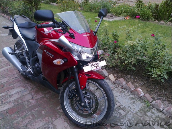 Honda CBR 250R Ownership review by Adarsh Jose bikeadvice in (19)
