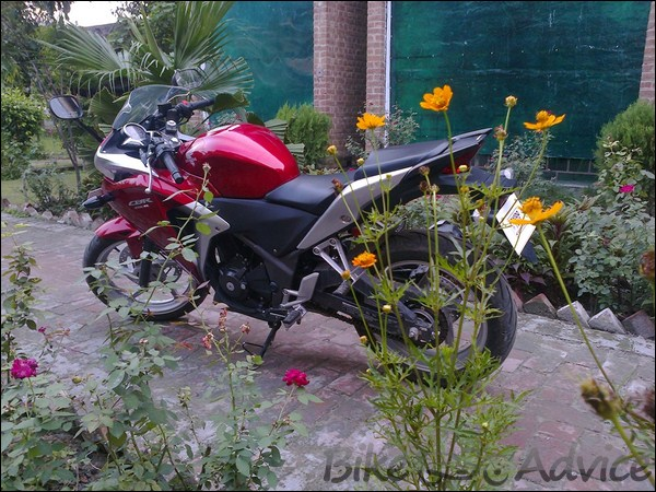 Honda CBR 250R Ownership review by Adarsh Jose bikeadvice in (20)