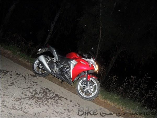 Honda CBR 250R Ownership review by Adarsh Jose bikeadvice in (22)