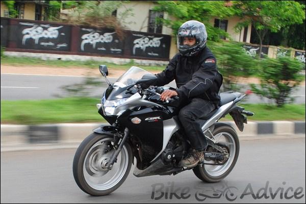Honda CBR250R C-ABS Ownership Review by Diwagar bikeadvice in (1)