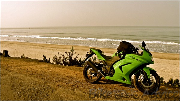 Kawasaki Ninja 250R Ownership Review by Kamal Jaisingh bikeadvice in (13)