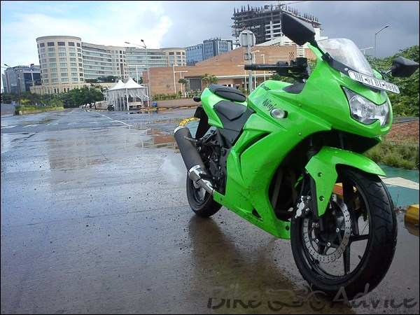 Kawasaki Ninja 250R Ownership Review by Kamal Jaisingh bikeadvice in (2)