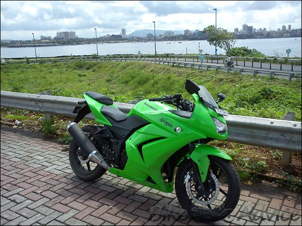 Kawasaki Ninja 250R Ownership Review by Kamal Jaisingh bikeadvice in (3)
