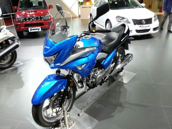 Suzuki-Inazuma-GW250S (2)