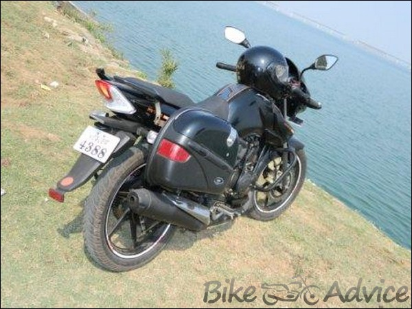 TVS Apache 160 Hyper Edge Ownership Review by Nitin Waghmare bikeadvice in (6)