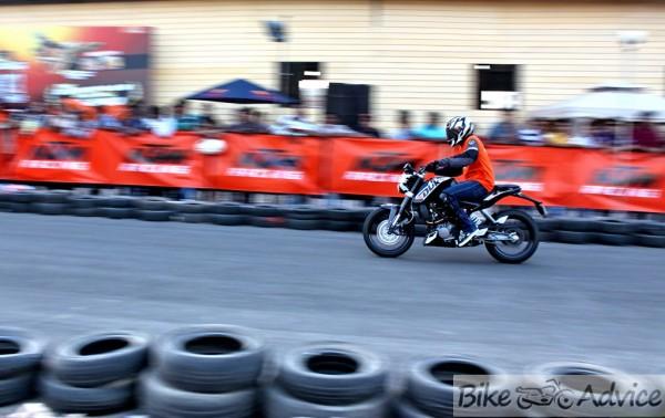 Ktm Duke Orange Day Pune V3 0 Photo Feature