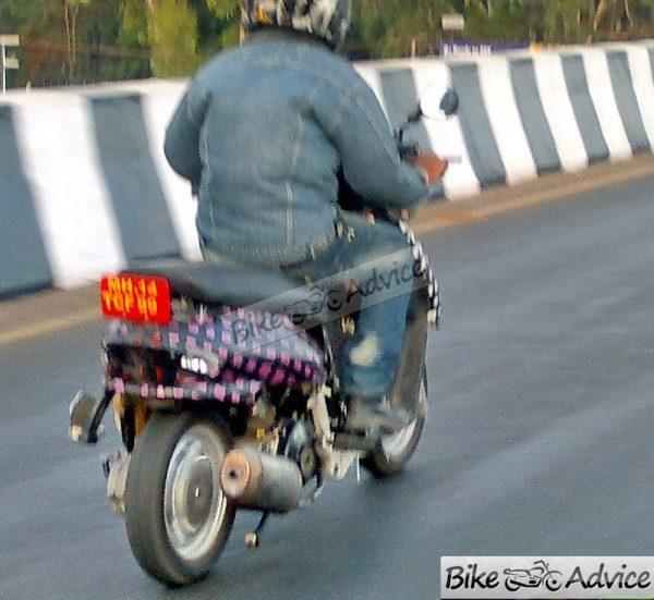 Mahindra-New-Scooter-301 (1)