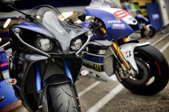 Yamaha Yzf R Bike