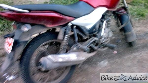 Cheaper-Bajaj-Discover-100T_2