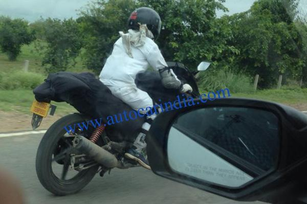 Hero-Karizma-ZMR-Bike-Spyshot (1)