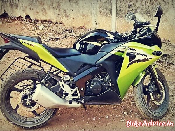 Green-Honda-CBR150R-Review-Pic (1)
