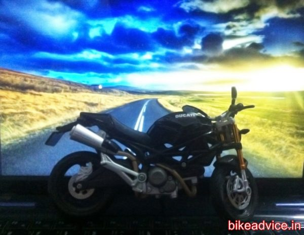 KTM-DUKE-390-Review-Pic (10)
