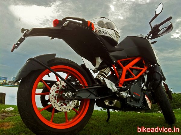 KTM-DUKE-390-Review-Pic (6)