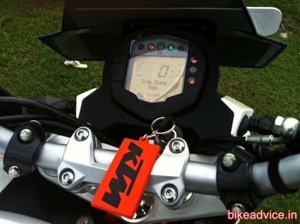 KTM-DUKE-390-Review-Pic (7)